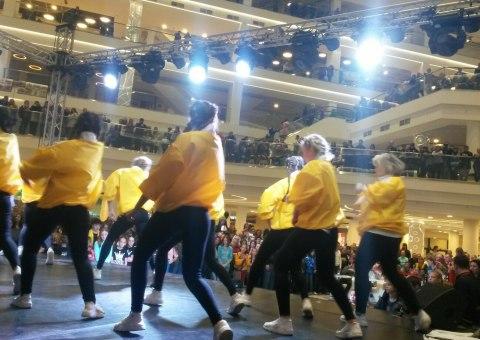 Танцевальный марафон в ТЦ МАРИ